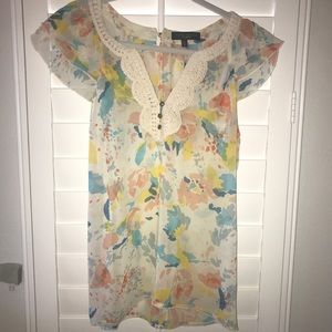 Patterned sanctuary top with embroidery, small